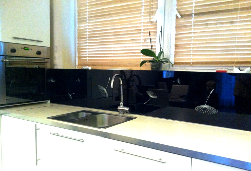 panele szklane do kuchni panele szklane dmuchawce. Black Bedroom Furniture Sets. Home Design Ideas